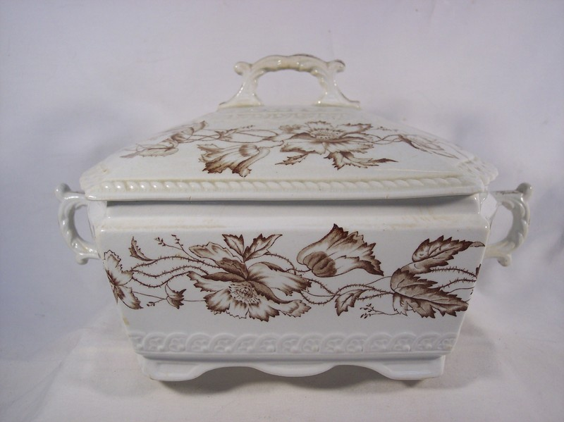 19th Century English Earthenware Soup Tureen