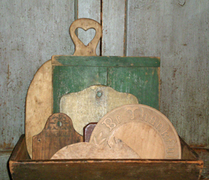 Antique Bread Boards and Cutting Boards